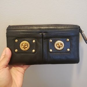 Marc by Marc Jacobs turn lock wallet